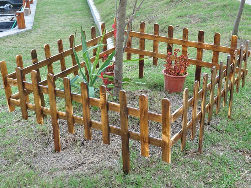 防腐木栅栏2