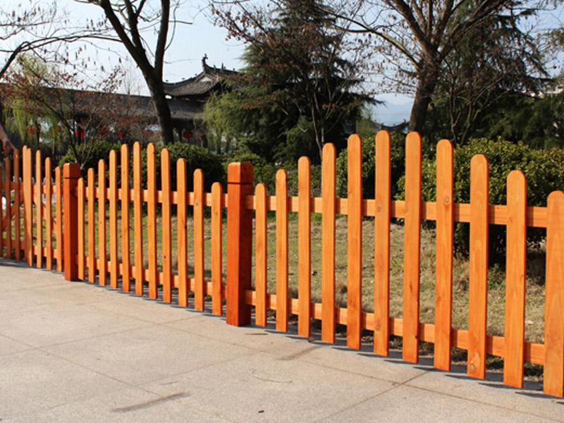 防腐木大栅栏